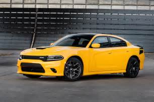 Dodge Charger Images Dodge Adds Bit Of Hellcat To 2017 Dodge Charger Challenger