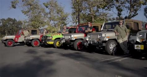 jurassic world jeep scene video relive your childhood with these jurassic park