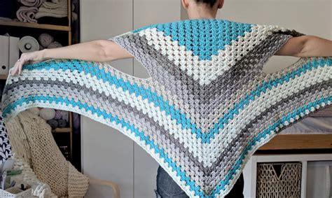 triangle pattern vest caron cake triangle shawl scarf the versatile vest