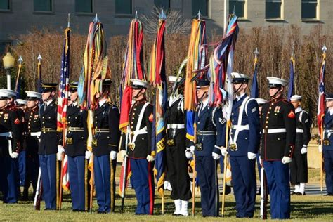 U S Armed Forces Overview Military Com