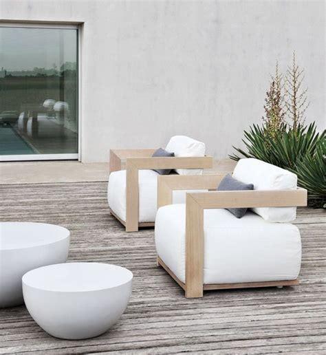 modern garden furniture 25 best ideas about wooden garden chairs on