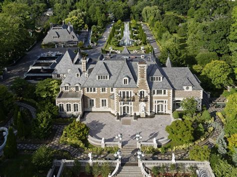 the gatsby mansion theres a gatsby esque mansion on long island and it just hit the market for 100 million jpg