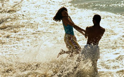 couple wallpaper large size love couple wallpaper beach pictures ideas of couple