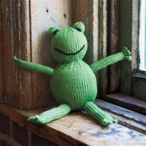 knitted frogs 12 best images about amigurumi knit on free