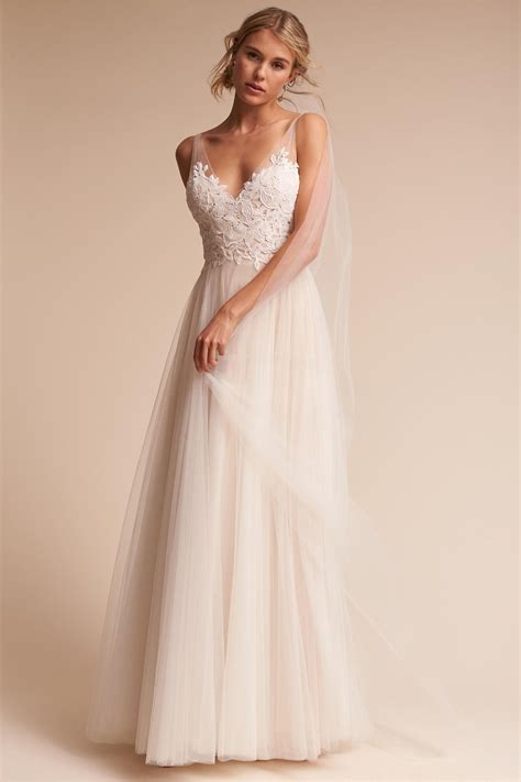 13 Best Online Shops To Buy An Affordable Wedding Dress