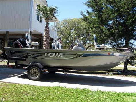 lowe aluminum fishing boat 2008 used lowe fm165 aluminum fishing boat for sale