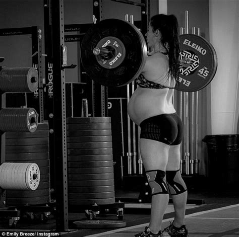 lifting toddler after c section emily breeze dead lifts 155lb weights 55 times while eight