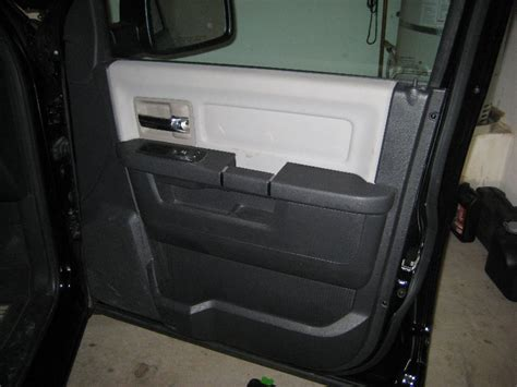 removing the front door panel on a dodge journey youtube dodge ram 1500 interior front door panel removal guide 045