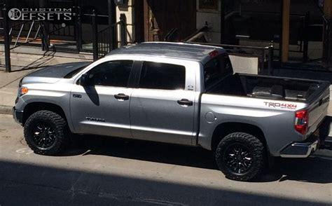 2014 Toyota Tundra With Leveling Kit Wheel Offset 2014 Toyota Tundra Aggressive 1 Outside