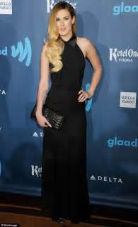 Los Angeles New Hairstyles 2011 Medium by Rumer Willis Reveals Roots As She Hurries To The