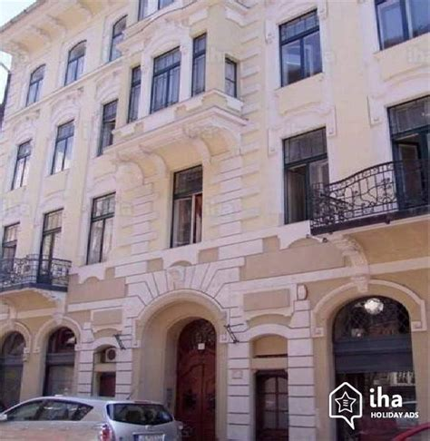 appartments in budapest flat apartments for rent in budapest 6th district iha 54373