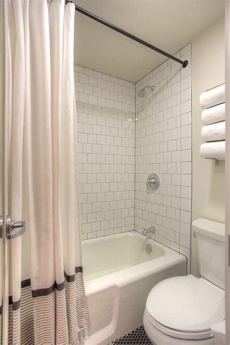 4x4 bathroom tile 17 best images about my remoel on pinterest fiberglass
