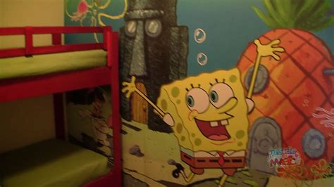 nickelodeon hotel room nick hotel spongebob squarepants family suite room tour in orlando