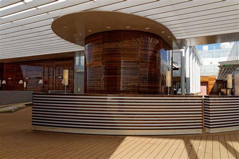 aidaprima patio deck patio deck aidaprima kreuzfahrtschiff bilder