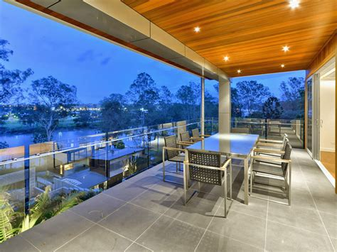 Outdoor Dining Terrace Luxury Home On Brisbane River
