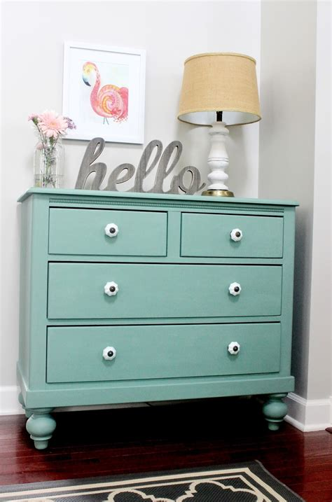 Chalk Paint On Dresser by Meet Pearl Chalk Paint Dresser Makeover Delightfully Noted