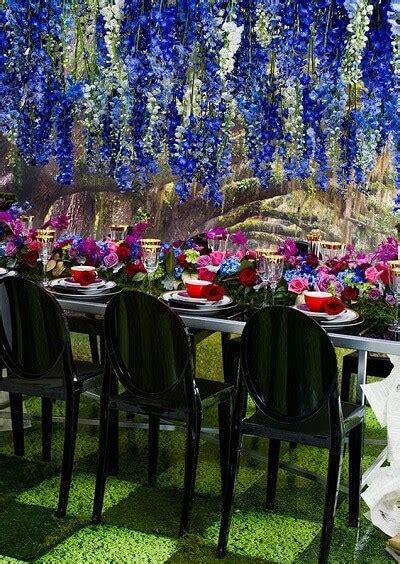 sensational color themes   garden wedding