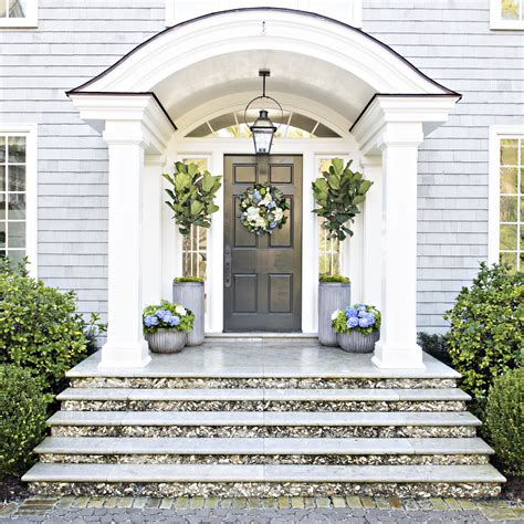 Pottery Barn K Six Tips For Creating A Dramatic Front Door Container