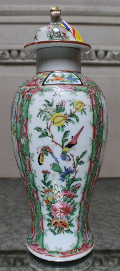 Pair 2 Large Antique Style Koi Lidded Jar Vase Blue White New What S It Worth Pair Of Porcelain Mandarin Jars With Lids For Sale At 1stdibs