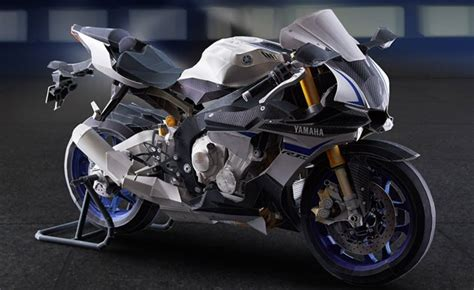 Papercraft Yamaha - build your own yamaha yzf r1m out of paper motorcycle