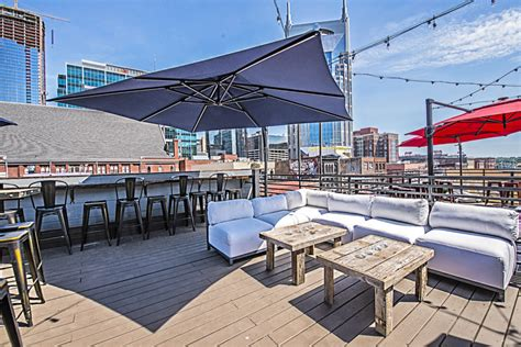 nashville top bars the best rooftop bars in nashville nashville guru