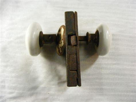 Enamel Door Knobs by Vintage Enamel Door Knob With Lock Ebay
