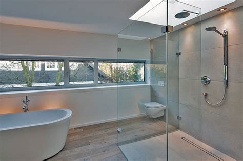badezimmer oberlicht haus am hang modern badezimmer d 252 sseldorf