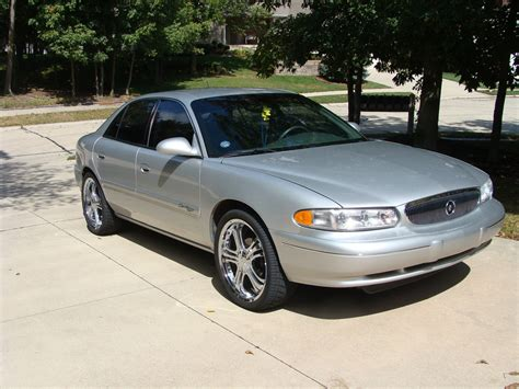 silver buick century 2001 buick century silver 200 interior and exterior images