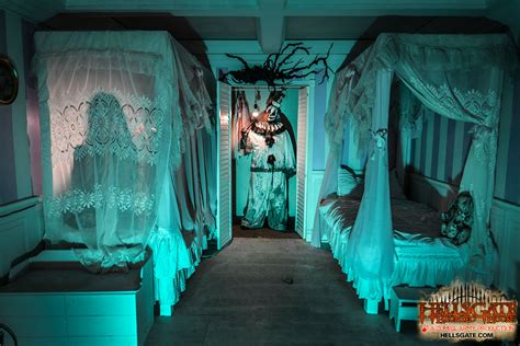 best haunted houses in chicago hellsgate haunted house