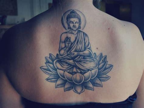 tattoo lotus buddha grey ink buddha tattoo on girl upperback tattooshunt com