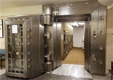 Safe Deposit Box Bank Toledo Blade