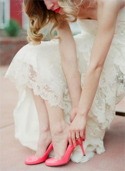 pink wedding shoes invitesweddings