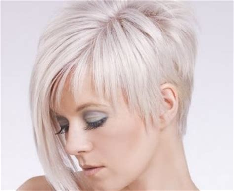 Bob Haircuts That Cut Shorter On One Side | what makes this cut so special is that she kept one side