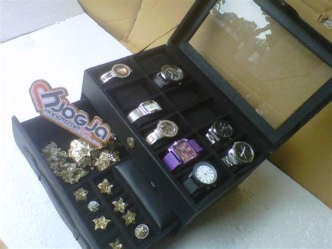 Kotak Jam Tangan Cantik Plus Bantalan Jamnya box jam isi 12 plus laci tempat perhiasan