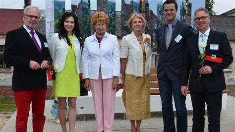 deutsche bank melle 220 bergabe mit meller delegation melle bank in jekabpils