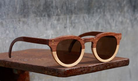 Kacamata Kayu Wooden Sunglasses Recycle bodi glasses handmade wooden sunglasses