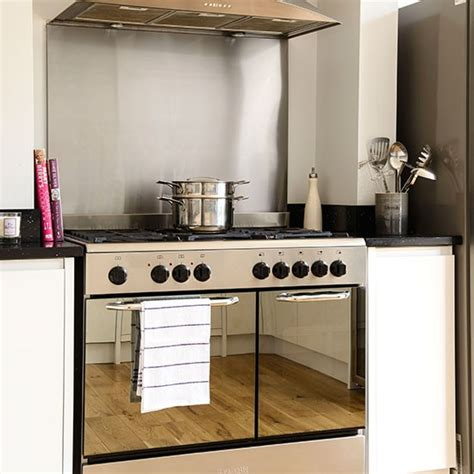 Home Decor Magazines Uk by Kitchen With Stainless Steel Range Cooker Kitchen