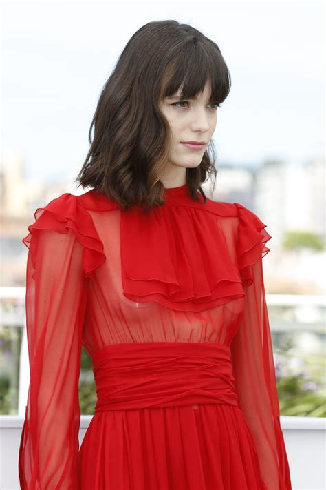 film exo 2017 stacy martin at redoubtable photocall at 2017 cannes film