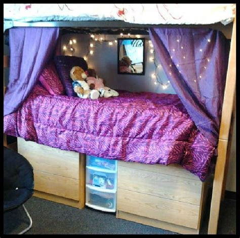 how to give yourself curtains boys best 25 dorm room privacy ideas on pinterest dorm room