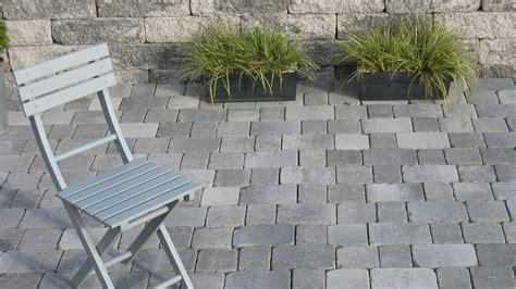 terrasse grau terrantik pflastersteine in grau anthrazit nuanciert