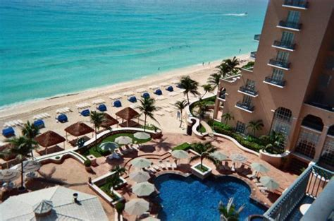 best place to stay in cancun best place to stay in cancun the ritz carlton cancun