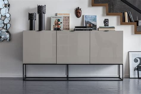Kare Furniture by Heaven Clean Lines And High Gloss Lacquer