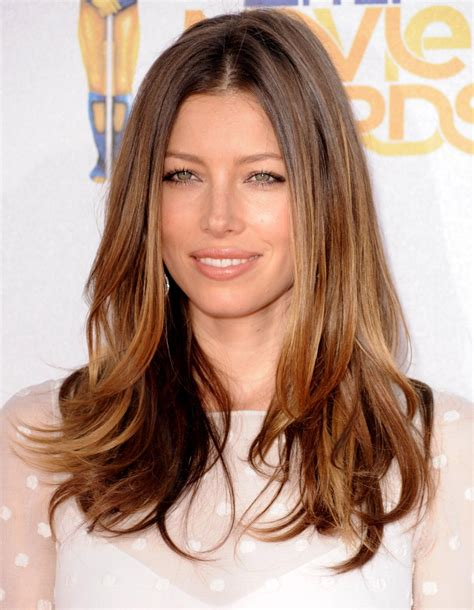 do long layers look good in thick slightly wavy hair jessica biel long straight hairstyle