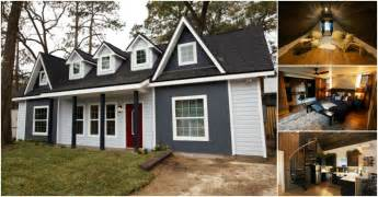 Tiny House Victorian Busy Couple Design And Build Tiny Victorian House With