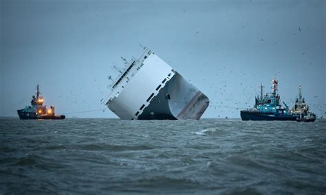 biggest boat in the world 2015 worse things still happen at sea the shipping disasters