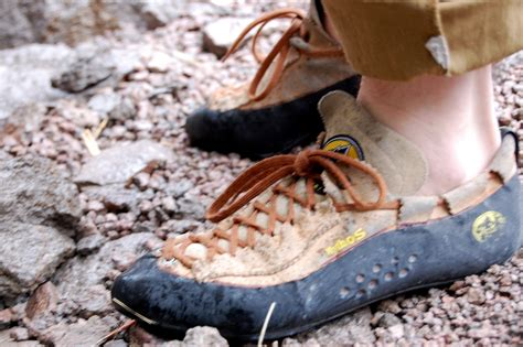 how to wash rock climbing shoes how to clean rock climbing shoes ehow uk