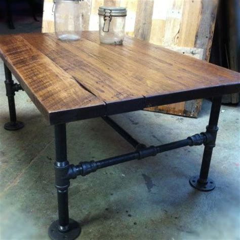 diy coffee table pipe legs pallet coffee table with gas pipe legs diy thingies