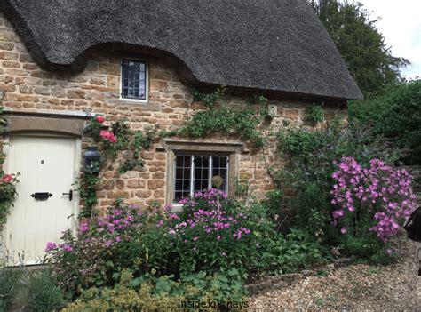 Secret Cottage by The Secret Cottage Tour Of The Cotswolds Ii Insidejourneys