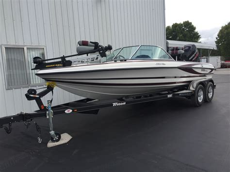 new fish and ski boats for sale 2017 new triton boats 220 escape ski and fish boat for