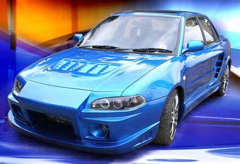 here tempat sah mobil biru otomotif